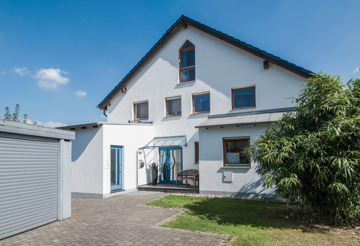 Satteldachhaus 02